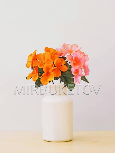 Искусственные цветы Бордюрный букет Фиалки, 7 голов, микс, 250 мм