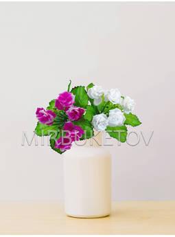 Искусственные цветы Бордюрный букет пластмассовой Розы, 5 голов, микс, 220 мм