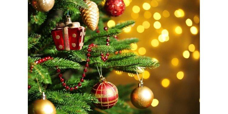 Наряжаем новогоднюю елку 2019